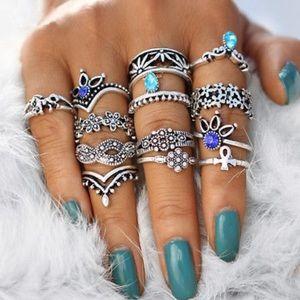 13 Desert Flower Ring Set